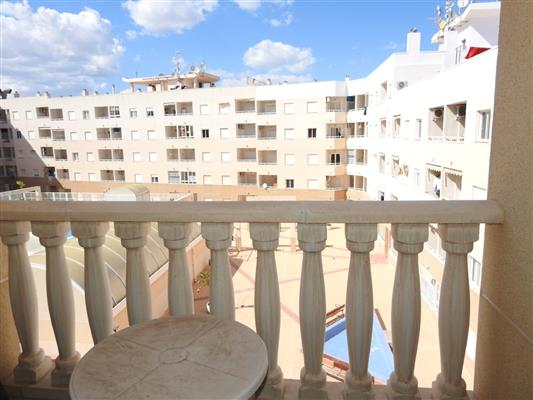 SOLD BARGAIN Apartment 2 bedrooms Central Torrevieja, Costa Blanca