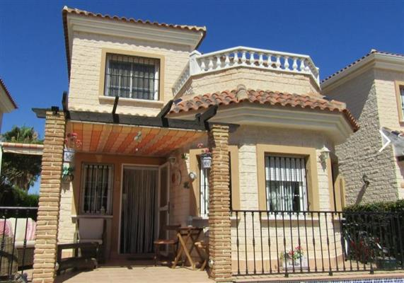 ID4277 Detached Villa 2 bedrooms El Raso, Guardamar, Costa Blanca