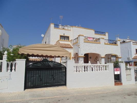 ID4307 Quad style Villa 3 bedrooms Los Altos, Orihuela Costa