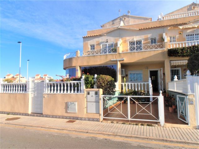ID4327 Town House 2 bedrooms Torrevieja, Costa Blanca