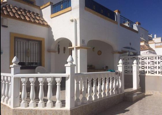 ID4384 Quad style Villa 3 bedrooms, Torrevieja, Costa Blanca