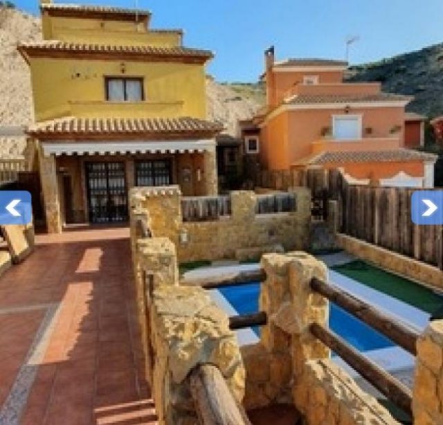 ID4391 Detached Villa 4 bedrooms with Pool Montesol, Elche, Costa Blanca